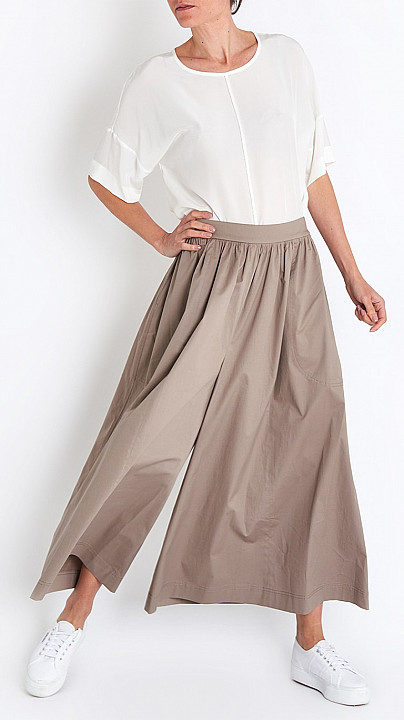 Wide Leg Trouser in Taupe