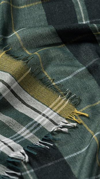 Begg & Co Grantley Scarf Green