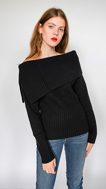 Pringle Boat Neck Long Sleeve Jumper Black
