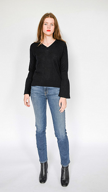 Pringle V Neck Long Sleeve Jumper Black